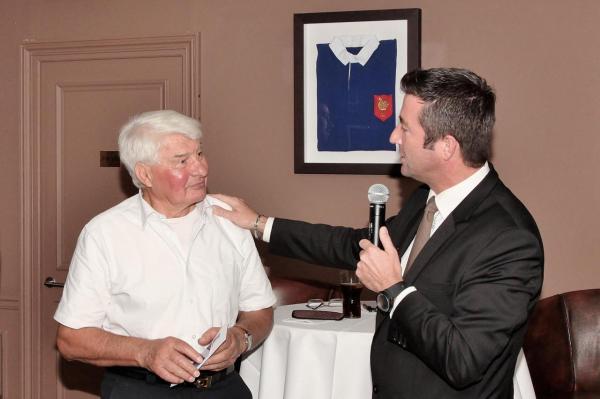 Karl Olive et Raymond Poulidor au Rugby Club 04